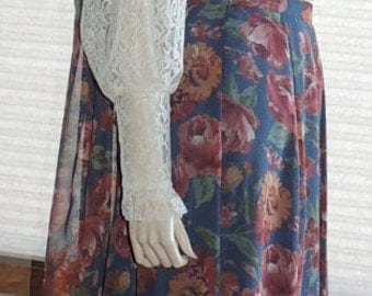 Flirty Laura Ashley Rose Print Skirt with Matching Scarf tag size 6