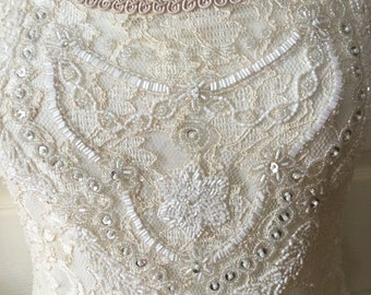 Beautiful Adrianna Papel Beaded Sequin Lace Ivory Top Wedding Special Event Dressy