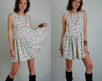 Drop Waist Dress Vintage 80s Flowers and Bees Summer Knit Drop Waist Tank Dress (s m)