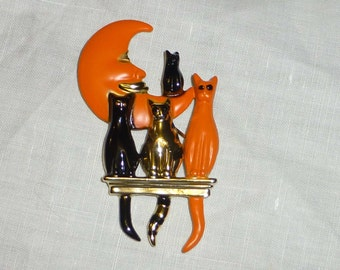 Vintage Halloween Pin Orange and Black Cats Moon