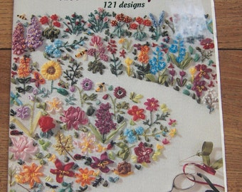 vintage 1995 encyclopedia of  ribbon embroidery flowers 121 designs