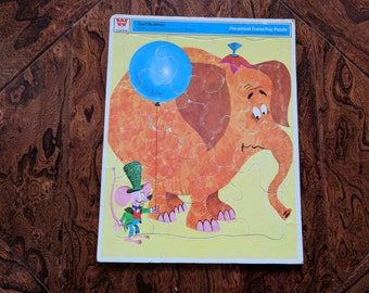 Pre-School Don't be Afraid Elephant and Mouse Frame Tray Puzzle 1971 12X15 Inches, Cardboard Puzzle, Whitman