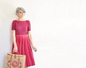 high waist magenta pleated skirt . 1970 dark pink plum pleats .large.extra large.xl