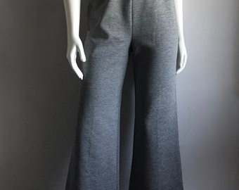 Vintage Women's 70's Catalina Sportswear, Gray Flare Pants, High Waisted (M)
