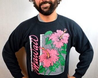 Vintage Hawaii Flower Black Sweatshirt