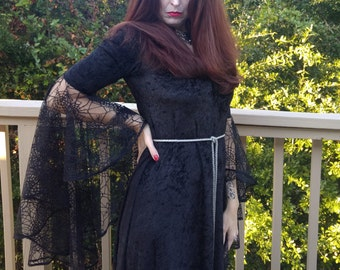 Halloween Dress,Medieval Gown,Elvish Dress,Gothic Dress, Pagan Gown, spider web lace