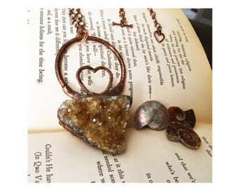 Citrine Quartz Pendant, Raw Citrine Crystal Necklace Oxidized Copper Necklace, Electroplated Heart Necklace Handmade Yellow Crystal Necklace