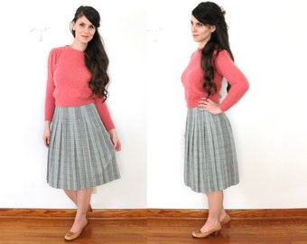 1960s Plaid Skirt / 60s Plaid Pleated Wool Skirt