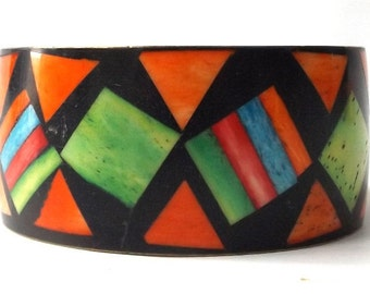 vintage 60s geometric modernist triangle bangle brass & bone bracelet inlay multicolored bright metal heavy weight wide oversize large color