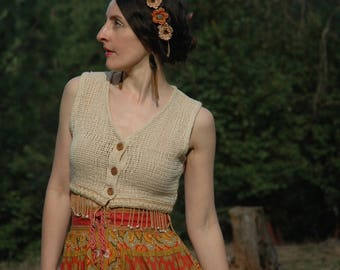 Size Medium... Vintage Open Weave Crop Top... Boho Beaded Cropped Top... Perfect Neutral Color