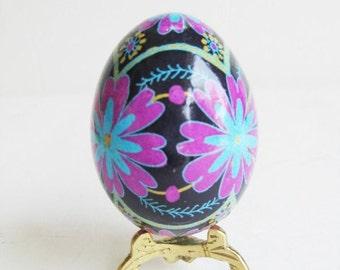 gift for best friend Pysanka Ukrainian Easter egg pink and purple flowers