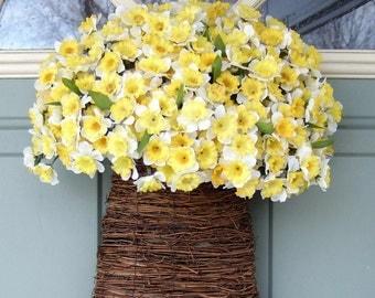 Spring Wreath - Spring Daffodil  Basket - Spring Door Basket
