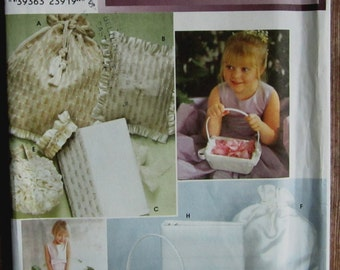 Bridal Accessories: Garter, Ring Bearer Pillow, Bag, Purse, Covered Photo Album, Basket, Covered Book Simplicity Pattern 9231 UNCUT