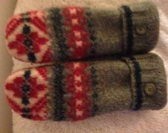 Recycled Wool Sweater Mittens Green, Red, Cream, Upcycled Mittens