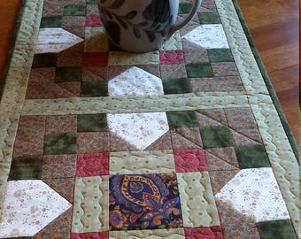 "Quilted Table Runner, Country Table Runner, size 17 x 48"", Rustic Table Topper, Green, gold and red Table Runner, Quiltsy Handmade"