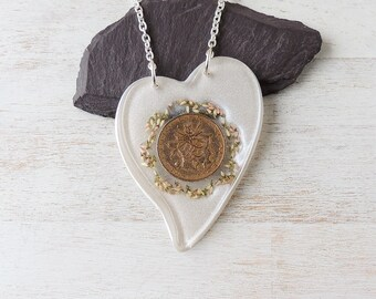 1977 40th Birthday Necklace, Large French Coin & Flowers Resin Heart Pendant, 40th Anniversary, Resin Jewellery, Heart Jewellery,UK 1920a
