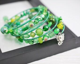 Green Memory Wire Bracelet, Memory Wire Bracelet, Green Bracelet, Seed Bead Bracelet, Beaded Bracelet, Boho Bracelet, Beaded Wrap Bracelet