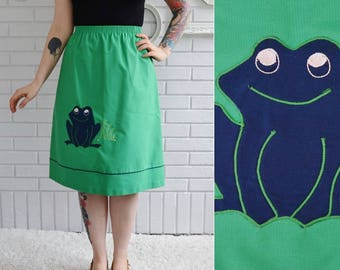 Vintage 1970s Green Skirt with Frog Applique and Elastic Waist Size XS to Small