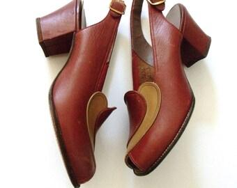 1940s CINNAMON SWIRL Peep Toe Leather Pumps ~ WW2 Brown & Beige Chunky Heel Slingbacks ~ Size 5.5