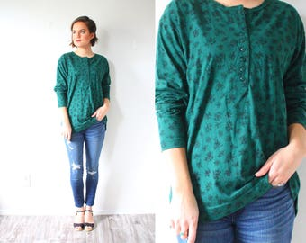 Vintage BOHO green floral green blouse // floral 90's blouse // cotton long sleeve blouse // loose green top shirt // Medium floral blouse