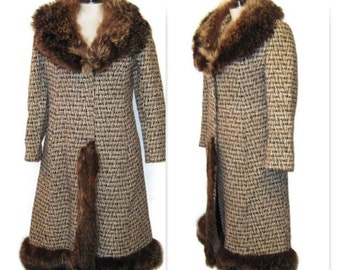 60s Wool Coat Fur Collar Fur Trim Brown Tweed Coat Brown Winter Coat Fur Trim Coat Tweed Coat Womans Winter Coat 1960s Long Brown Coat