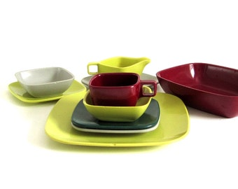 Melamine Dish Set: 1 Place Setting & Serving Pieces, Arrowhead Brookpark Mid Century Modern Dinnerware Square Ever Ware (as-is)