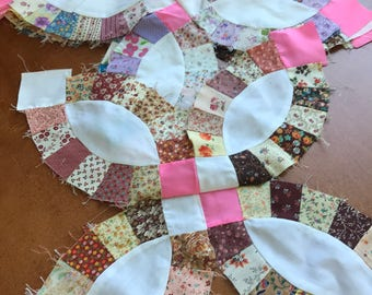 Set of 7 Vintage Double Wedding Ring Quilt Pieces