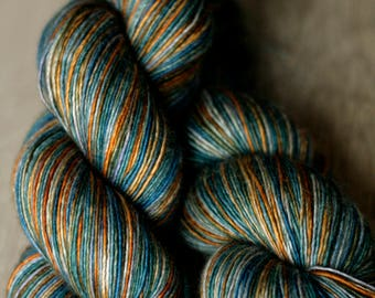 "Shawl length single yarn- 65/20/15 SW Merino/Silk/Yak - Autocorrect - ""Wearing Sexy Patties"""