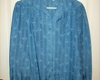 Vintage 1970s Ladies Blue Floral Print Blouse by Ship 'N Shore Size 12 Only 6 USD