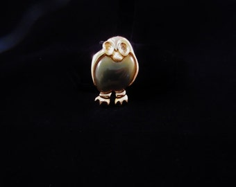 Vintage Hawaiian Owl Brooch/Pin