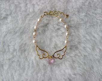 Crystal Heart Pearl Bracelet in Gold