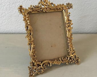 Vintage Picture Frame 3.25x4.25 / Ornate Heavy Brass / Antique Photo Frame / Gold Metal / Home Decor