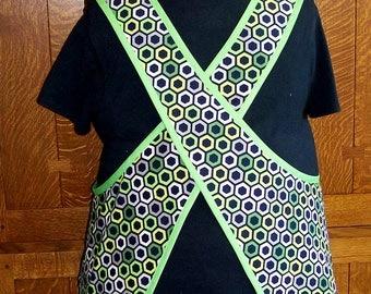 Green With Envy Plus Size Cross Back Apron - Size 2-3XL