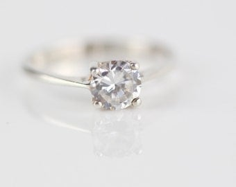 Clear Single Round Cut Faceted Cubic Zirconia Claw Set Ring Stamped 925 Silver Ring US size 6 UK size L 1/2
