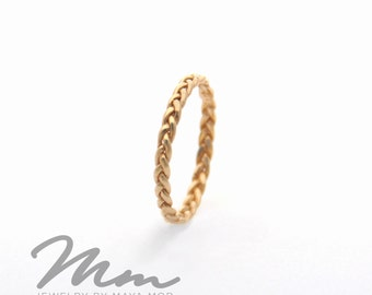 Thin Solid Gold Ring, Thin Gold Rings, Stacking Rings Yellow Gold Wedding band, Stackable Ring, Gold Twist Ring