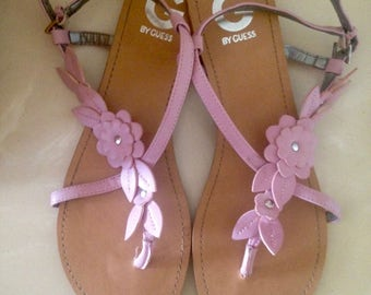 Sale On Sale GUESS Leather sandals, Pink sandals, Strappy sandals, Thong sandals, Summer flats, Pink Women's Shoes, Leather sandalow