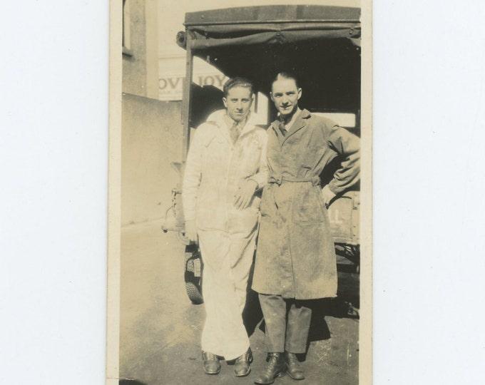 Vintage Snapshot Photo: Working Pals, c1920s-30s (71537)