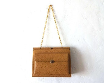 Vintage Mid-Century 1960s-1970s Faux Ostrich Leather Caramel Beige Purse with Gold Chain Link Shoulder Strap