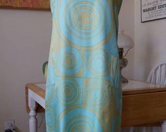 Vintage 1960s BH Wragge Tabard / Silk Tunic Beach Coverup / 1960s Mod Bullseye Print Pop Art Geometric Print Vintage Beachwear / M or L