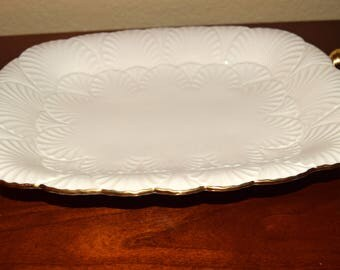 1 Dollar shipping! Lenox Cream Serving Platter with Gold Handles and Gold Edging