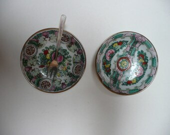 A pair of Beautiful Hand painted small Chinese dishes pin dishes A.C.F. Japanese Porcelain Ware Decorated in Hong Kong
