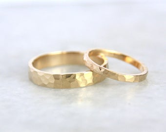 Gold Wedding Ring Set / Handmade 14k Gold  Hammered / Eco Friendly Recycled Gold Wedding band set / Gold Wedding Bands / His and Hers /