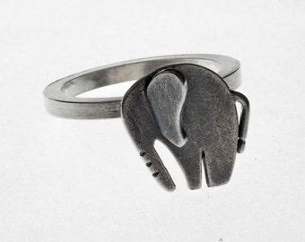 Nellie Ring