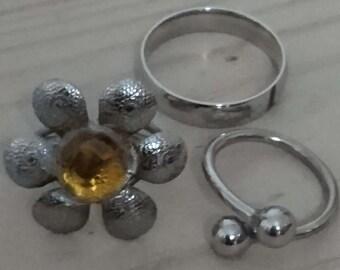 Vintage lot of three rings