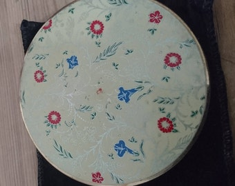 Vintage Stratton compact with pouch