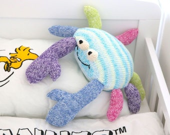 Crab knitting pattern, easy toy or pillow knitting pattern PDF download, cute DIY toy pattern