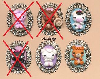 Set of three hand-molded cameos in polymer clay, cow, bear, kawaii, rabbit animaliciondolo necklace