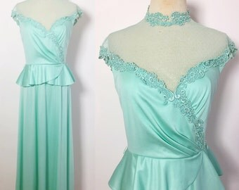 Vintage Gown / Mint Green Dress / Vintage Party Dress  / Evening Dress / 1970s Dress / Vintage Maxi Dress Small
