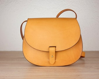 Leather purse crossbody Leonorus, handmade leather bag, Brown handbag, shoulder bag, Saddle bag purse, Leather satchel, Vintage leather bag