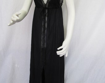 Goth Nightgown Black Nightgown Black Lace Nightgown Chantilly Lace